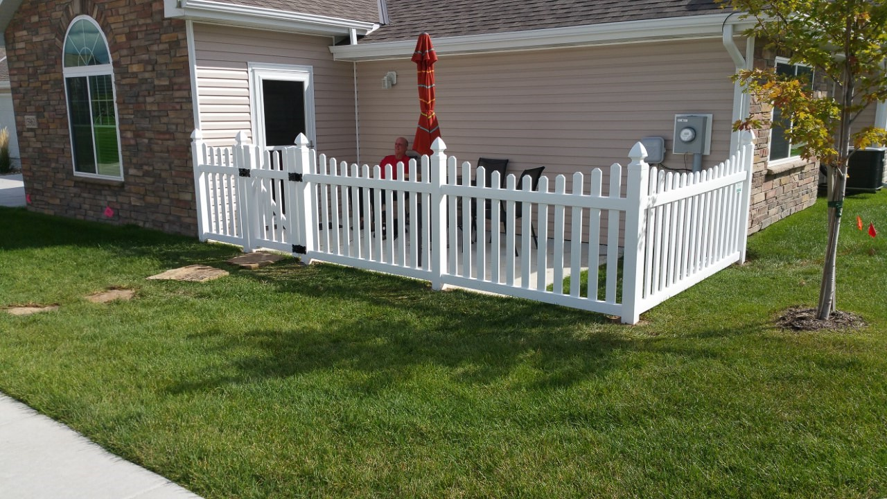 Potomac PIcket Fence Picture