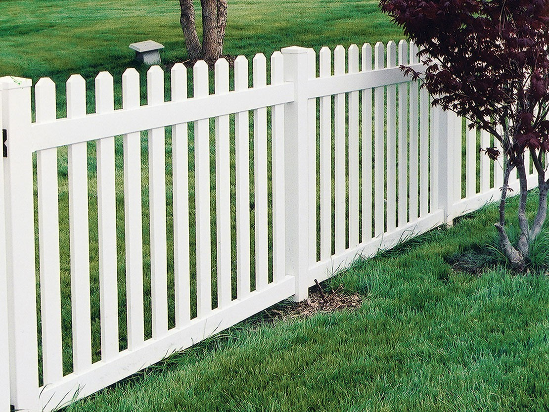 Missouri Vinyl Picket Fence