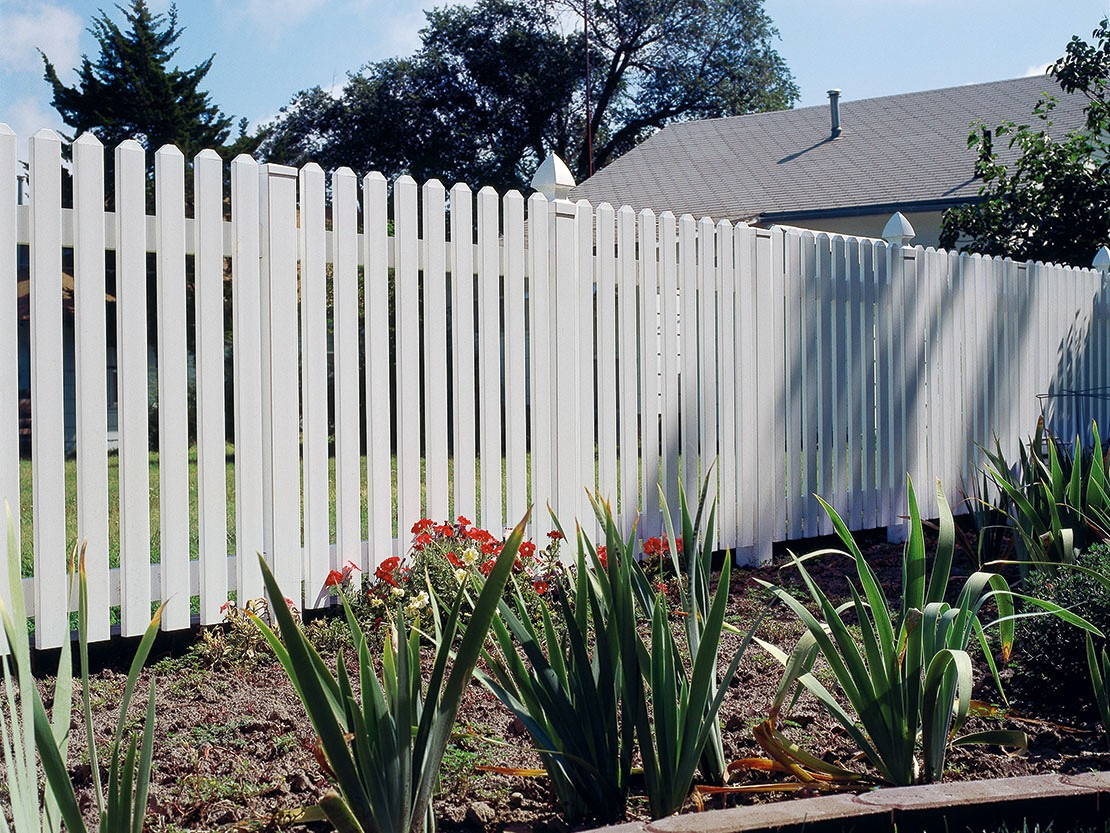 Hannibal Vinyl Picket Fence