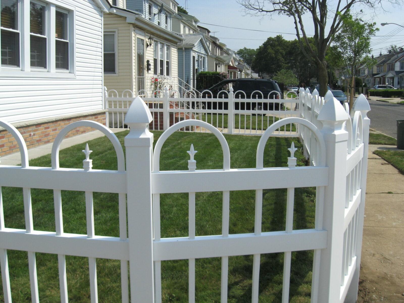 Exeter Vinyl Picket Fence