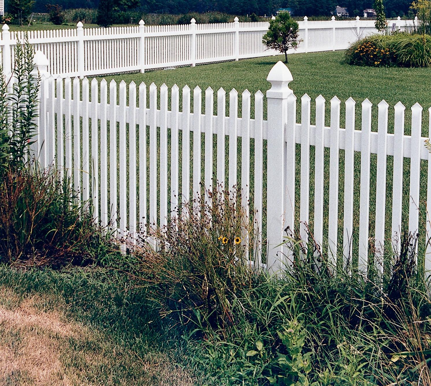 Georgetown Vinyl Picket Fence