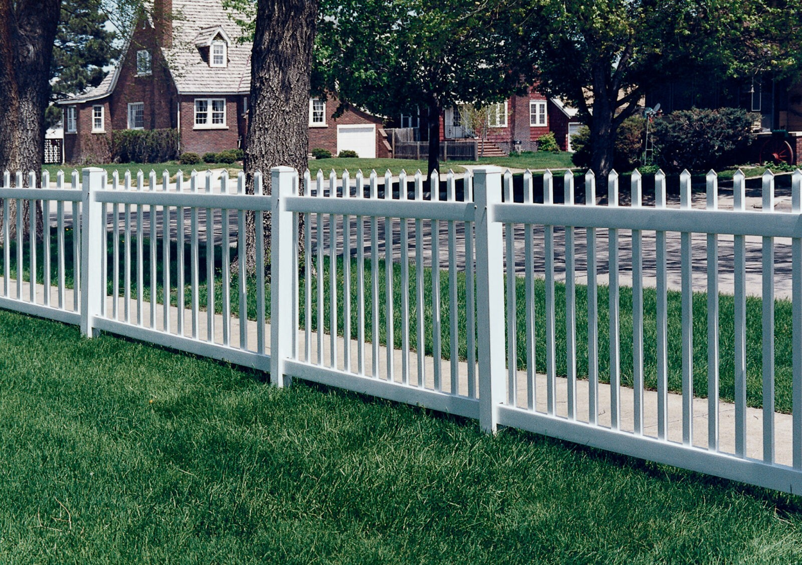 Atlantic Vinyl Fence Picture