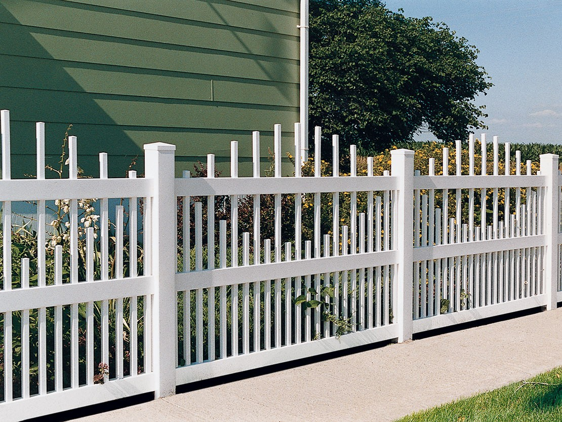 Dalton Vinyl Picket Fence Picture