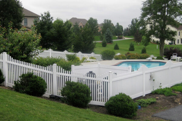 White Hampton Step Vinyl Fence Picture