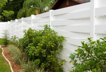 Windsor Vinyl Privacy Fence Picture